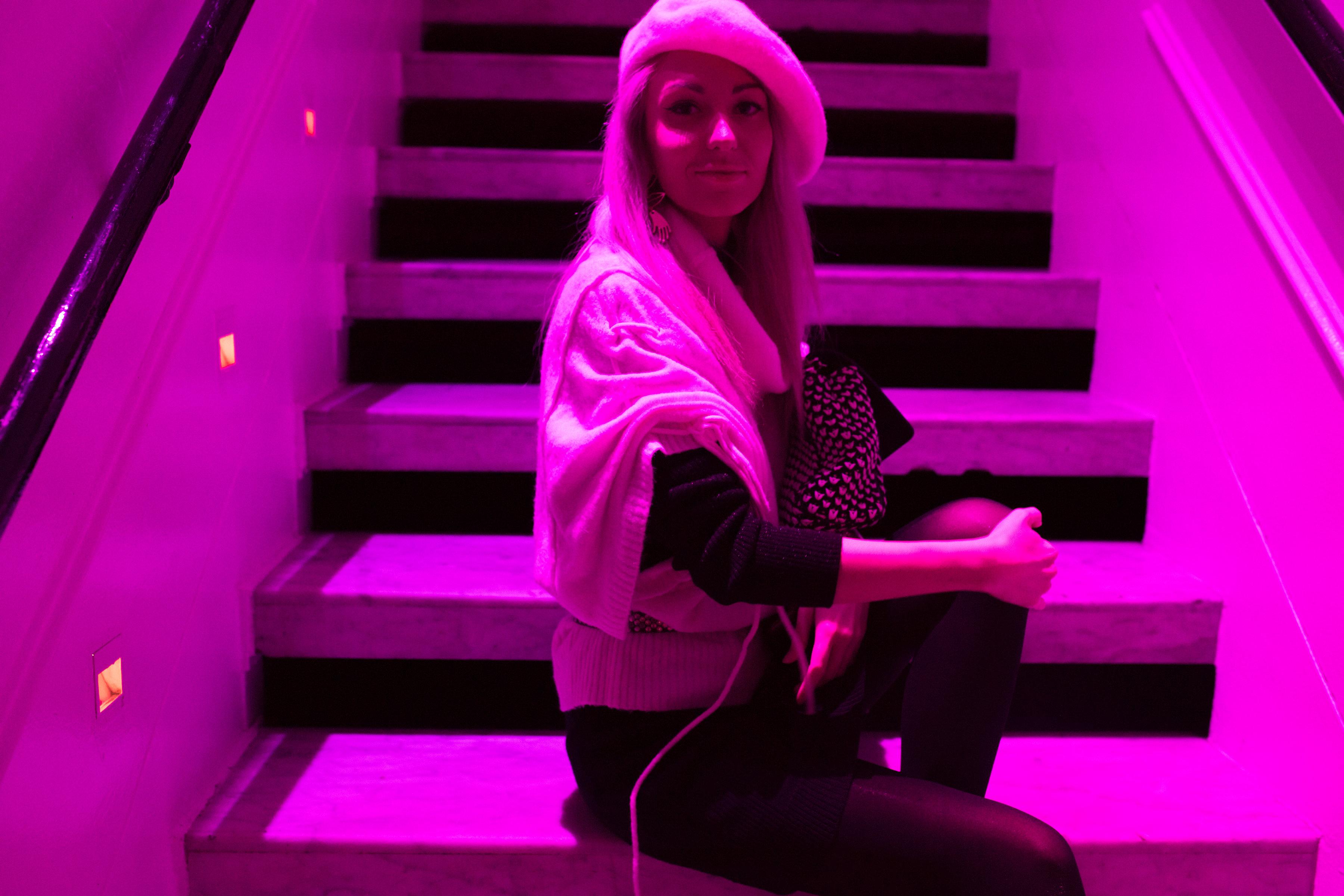 Neon Lights Klangwelt Style Unsettled
